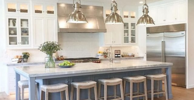Large Kitchen Island with Seating and Its Decorating.